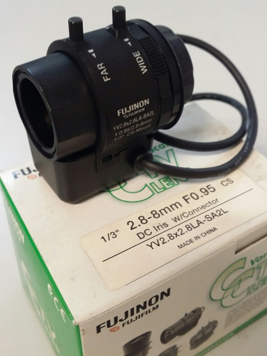2.8-8mm FUJIFILM Fujinon Varifocal Auto Iris CCTV Lens - Click Image to Close
